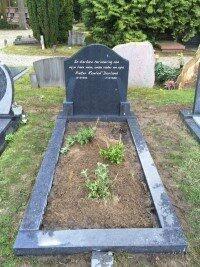 grafsteen begraafplaats Maarn