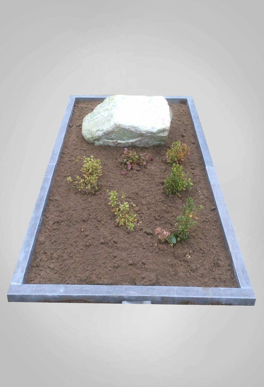 model-3-natuurlijke-grafstenen